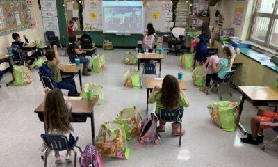 Όταν σε σχολική αίθουσα στις ΗΠΑ η τηλεόραση δείχνει αγώνα του ΠΑΟΚ!