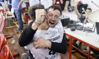Ο φοβερός Παντακίδης κι ο ΠΑΟΚ πρωταθλητής στον Πειραιά! (vids)