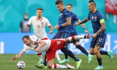 Πολωνία-Σλοβακία: Άγγιξε το 2-0 Κούτσκα (vids)